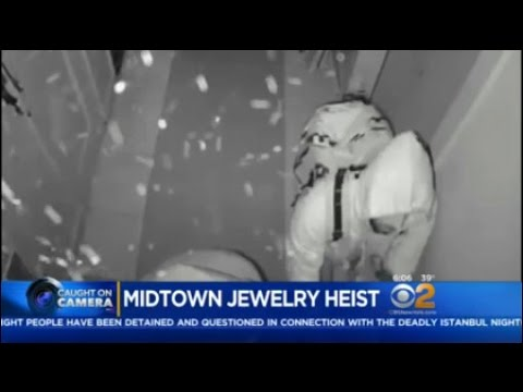 NYPD: Jewelry Heist Caught On Camera