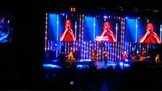 Gambar cover Hillsong Conference NYC 14 - Hillsong Worship - Thank You Jesus