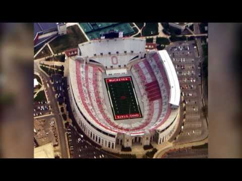 5 Biggest American Football Stadiums!