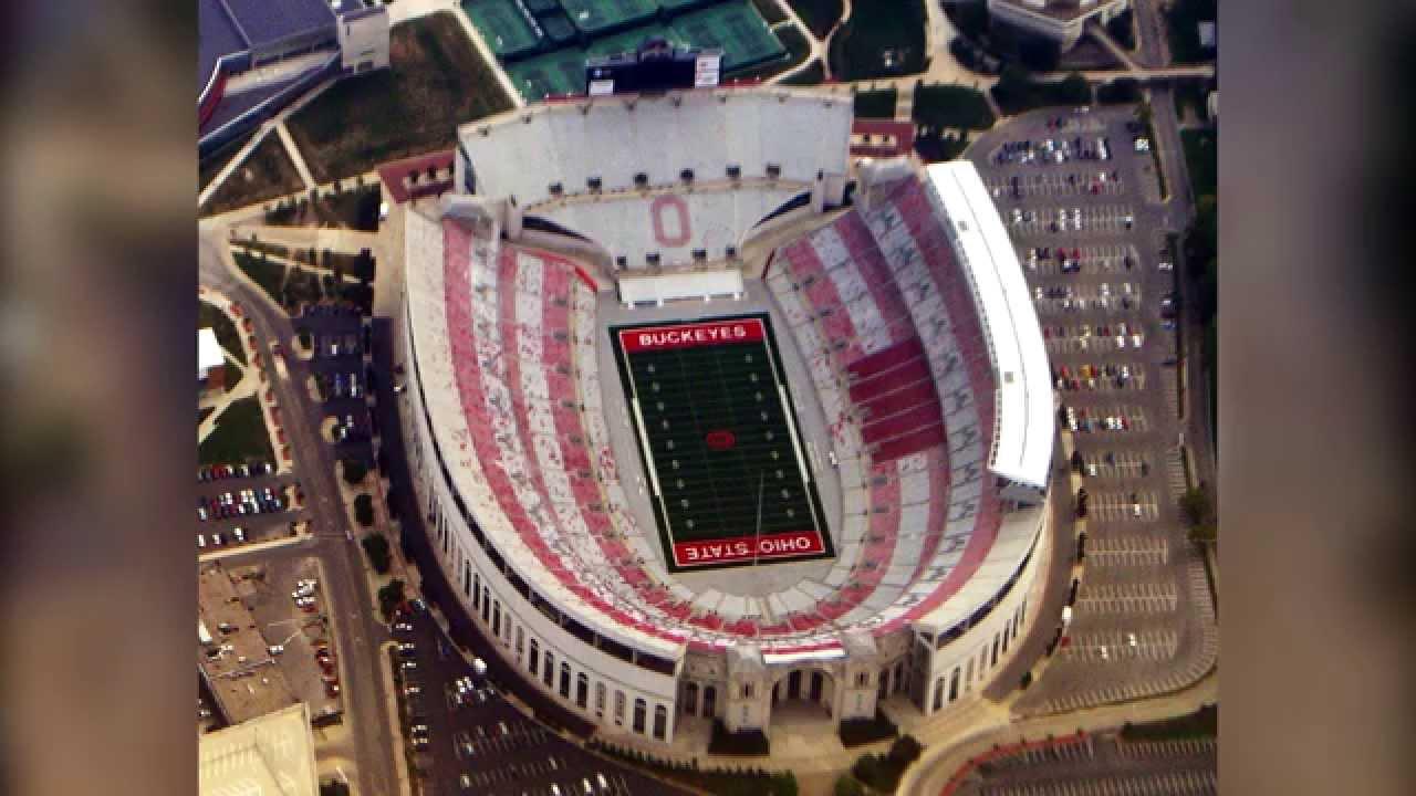 5 Biggest American Football Stadiums Youtube