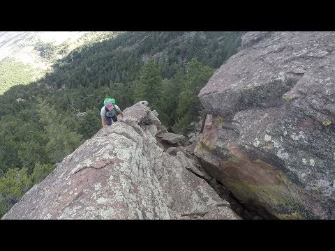 Flatiron Free Solo Climbing Over Natural Arch (Hammerhead East Ridge)