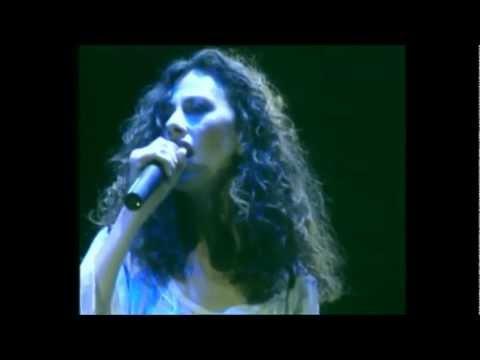 Eleftheria Arvanitaki with Ara Dinkjian - Live @ Vrahon Thatre