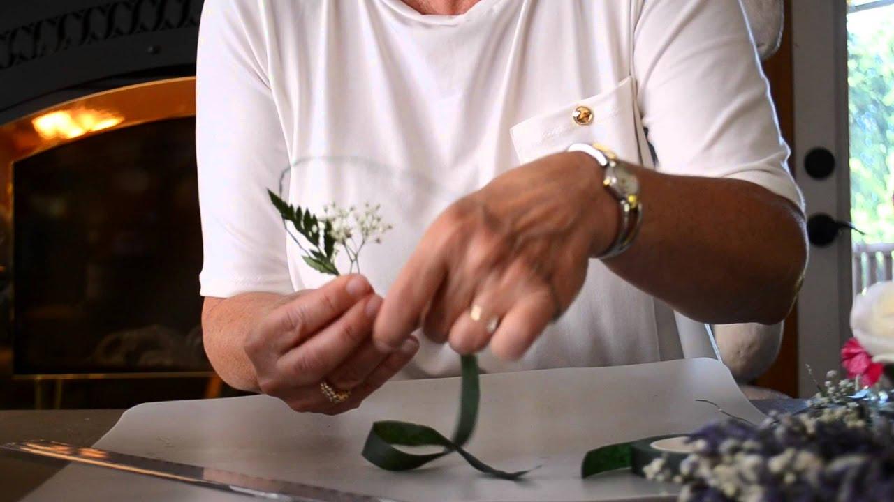 DIY Fresh Floral Cake Topper