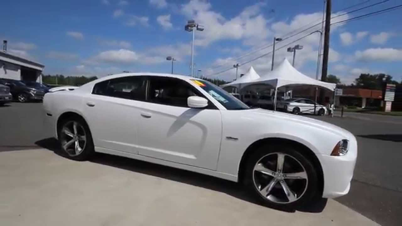 2014 dodge charger sxt 30th anniversary edition white eh296250 mt vernon skagit youtube. Black Bedroom Furniture Sets. Home Design Ideas