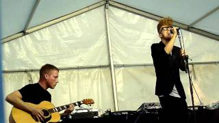 Gorillaz Featuring Daley - Doncamatic *LIVE* 3/6/2011 Performed by Daley