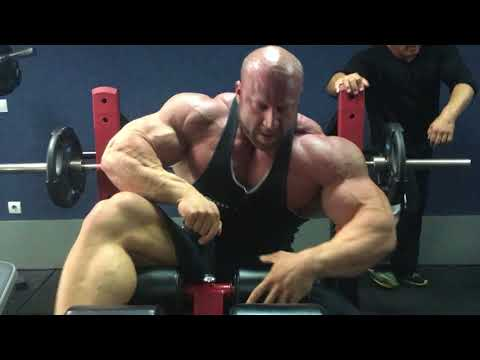 Giant set for CHEST with IFBB PRO Petar Klancir and Mauro Sassi.