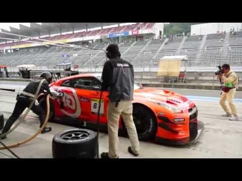 Takayuki Aoki's Race day interview. /青木孝行選手のショートインタビュー