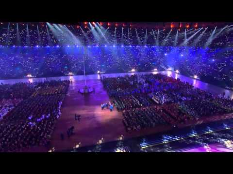Eric Whitacre's Virtual Youth Choir LIVE at Glasgow 2014 XX Commonwealth Games