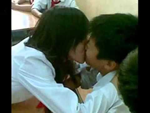 Video Những hình ảnh cười ra nước mắt của Việt Nam - YouTube.FLV