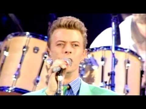 Queen David Bowie, Ian Hunter, Mick Ronson — Heroes (Freddie Mercury Tribute Concert)