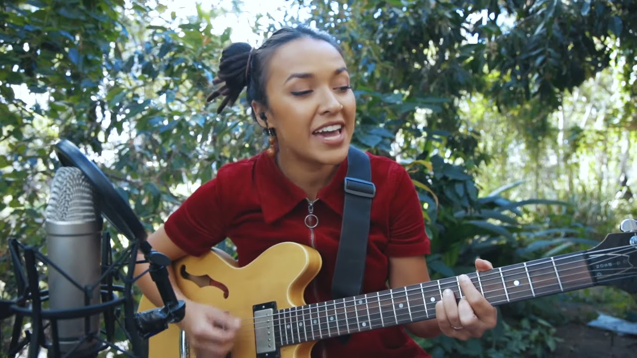 Corinne Bailey Rae - Put Your Records On (Cover by  Alisha Todd)
