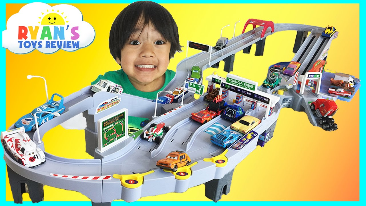 Tomica Toll Gate ETC Drive With Disney Cars And Hot Wheels