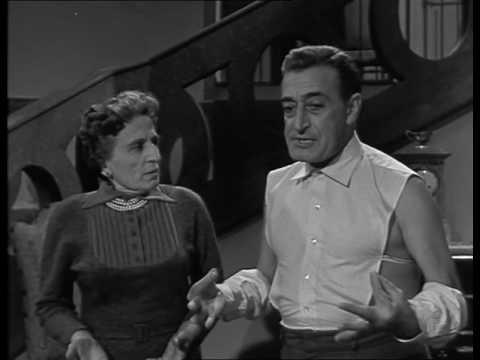 TOTO' PEPPINO E I FUORILEGGE (Film Completo)