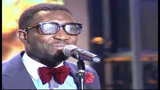 Timi Dakolo performs he