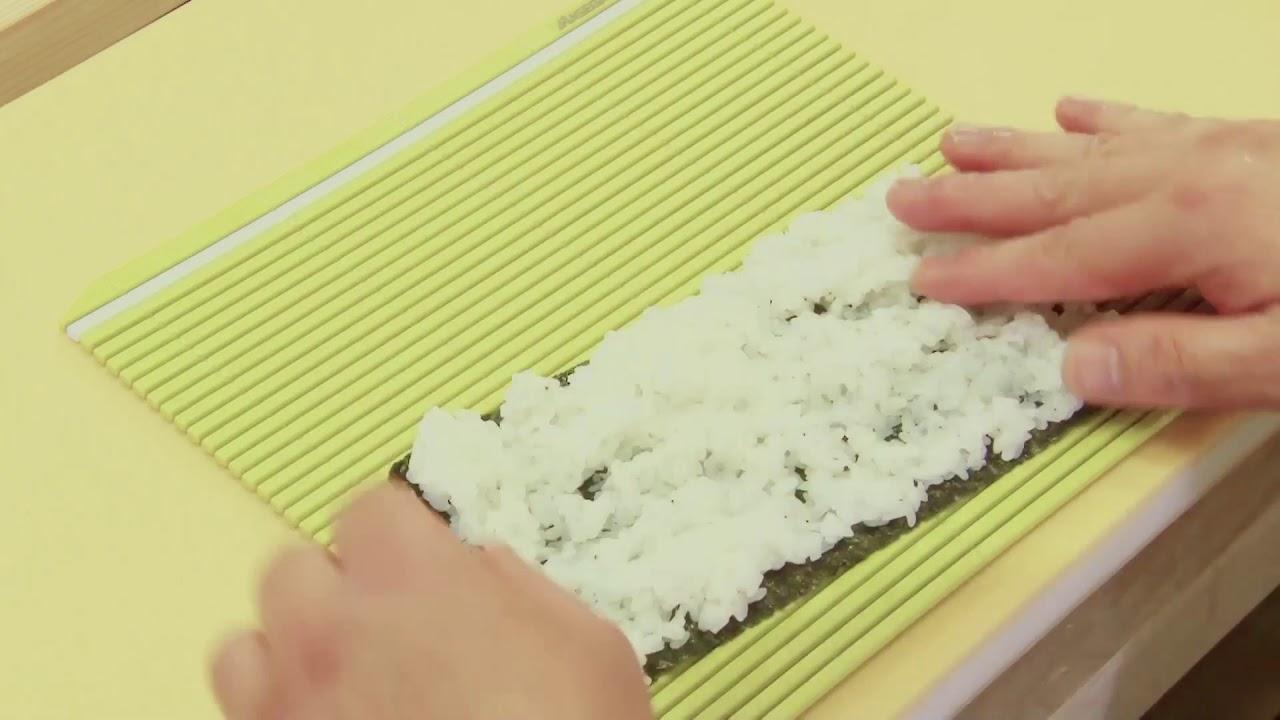 Hasegawa Makisu Sushi Robots The Sushi School Youtube