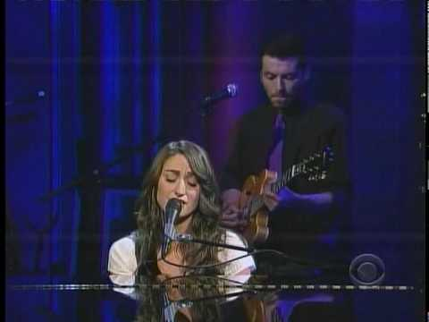 "Sara Bareilles - ""Bottle it up"" Live on David Letterman"