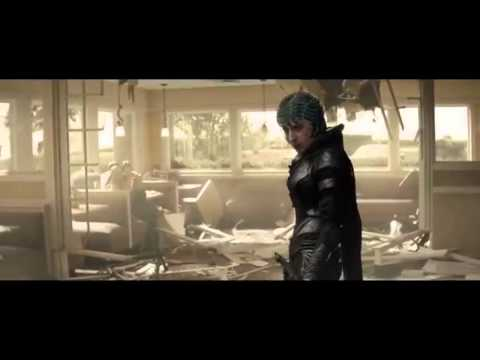 Man of steel - Super man vs Faora and Namek full fightsence