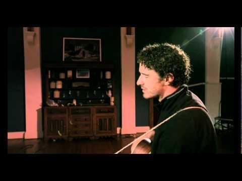 Ywain Gwynedd – Neb Ar Ôl