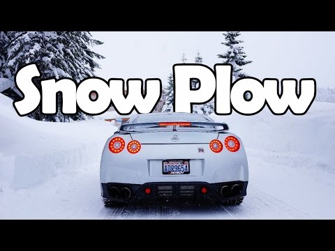 """7 Daily Driven Cars That Can Be A """"Snow Plow"""""""