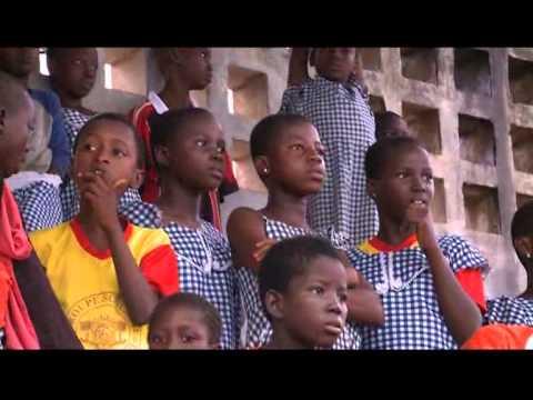 Anyama: des élèves célébrés pour leur brillants résultats scolaires