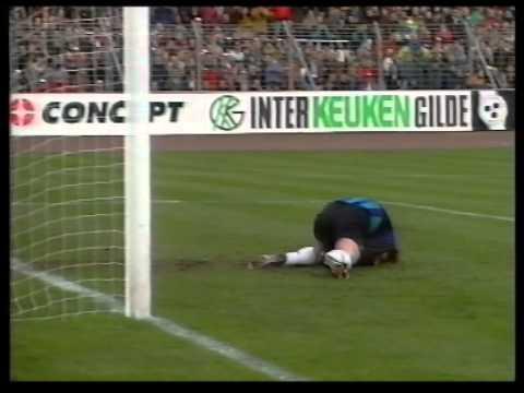 Ajax - Feyenoord 2-2 seizoen 1993   1994
