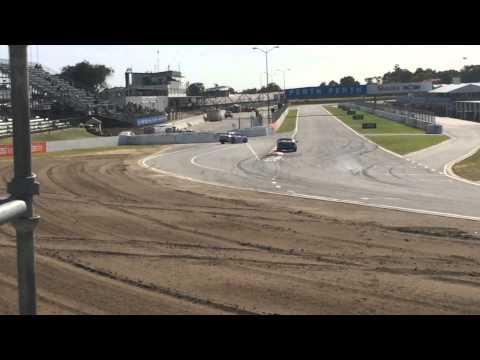 V8 supercars perth 2015 practice 1