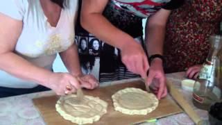Karaim MACCA baking אפיית מצה קראית Выпечка караимских МАЧЧА (опресноки)