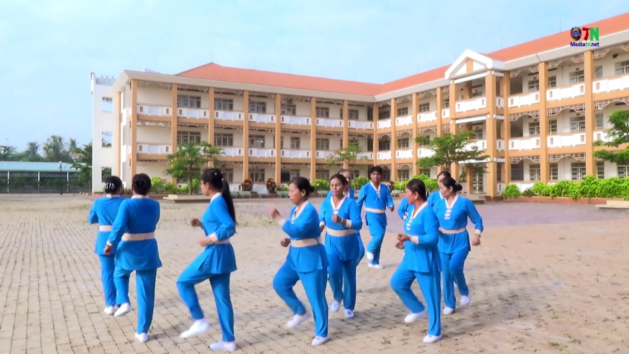 Múa dưỡng sinh Giải phóng miền nam - Tân Uyên - Bình Dương #1