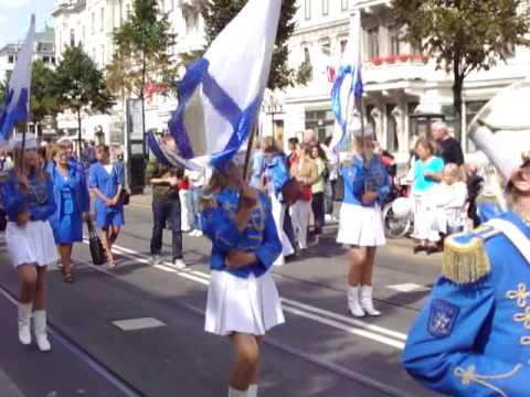 Wonderful Sweden - Göta Lejon Parades At Avenyn Gothenburg Cultural Festival 2009-08-16