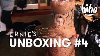 Ernie Unboxes a T-Rex | Unboxing | HiHo Kids