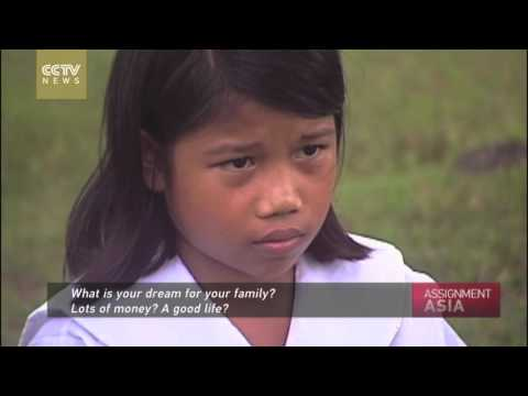 Assignment Asia: Philippines Swim to School