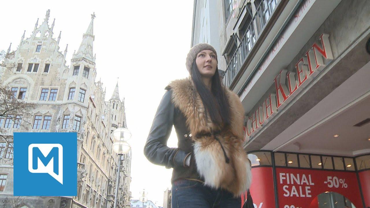 Riesen-Frau in der City - so reagieren die Münchner - YouTube