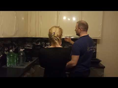 Кухни на заказ от компании Мерс мебель в Челябинске (Кухни прямые, угловые, п-образные).