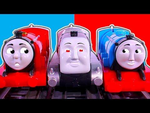 Thomas Trackmaster Mega Battle Ultimate Train Crash & Smash Fun