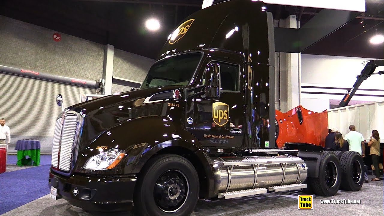 2017 Kenworth UPS LNG Gas Engine Truck - Walkaround - 2017 NACV Show Atlanta - YouTube