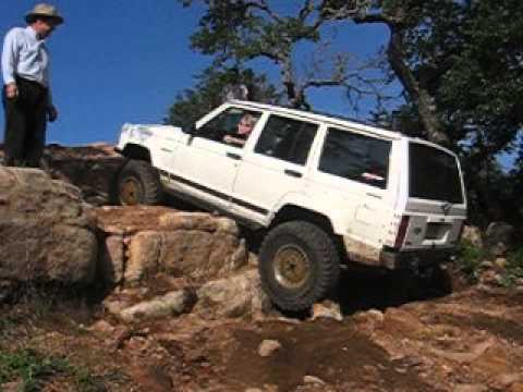 Off road in '90 Jeep Cherokee - YouTube