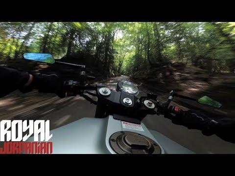 Ride the Husqvarna Vitpilen  with RJ