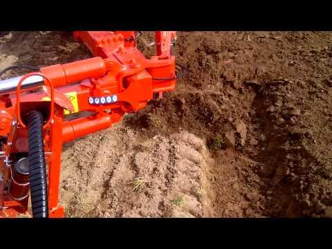 Kuhn Plough 7F Demo