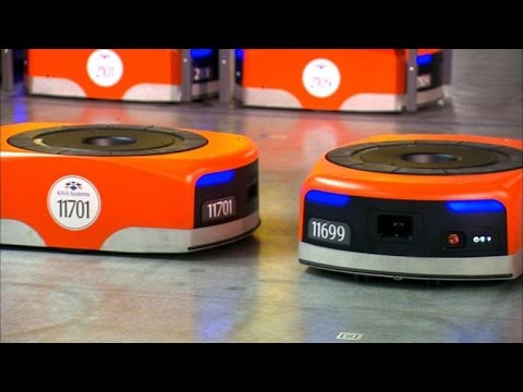 CNET News - Meet the robots making Amazon even faster