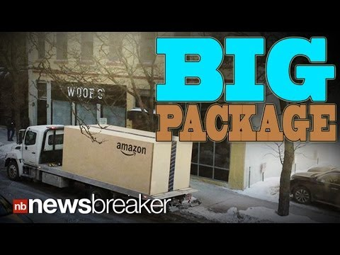 Mark Simone - Watch the Largest Amazon Box Ever Get Delivered