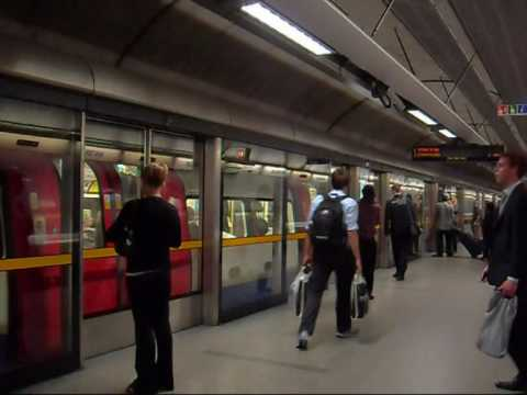 Hostels247.com On The Tubes In London