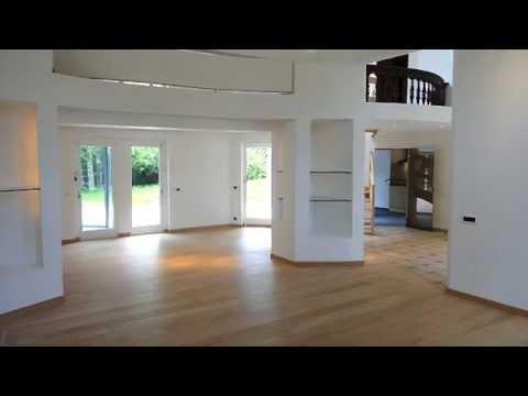 thorembais villa de haut standing avec piscine vendre par immo villages youtube. Black Bedroom Furniture Sets. Home Design Ideas