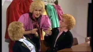Hape Kerkeling mit Maria & Margot Hellwig - Erzherzog-Johann-Jodler 1989