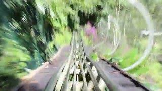 """Спуск по """"бобслейной"""" трассе в Далате, Вьетнам"""