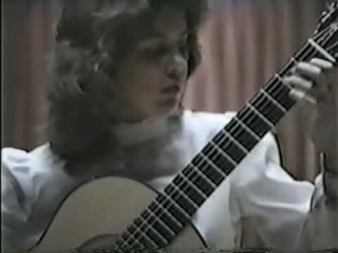 Rare Guitar Video: Nicola Hall plays Paganini Gran Sonata