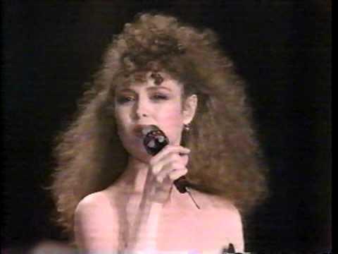 Bernadette Peters Sings Medley from