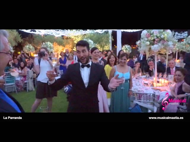 La Parranda Murcia Sorpresa de la novia a los invitados durante el banquete Bodas Musical Mastia