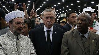 Похороны Мохаммеда Али: Эрдоган обиделся и уехал