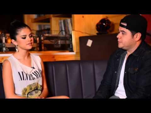 Selena Confirms Pregnancy
