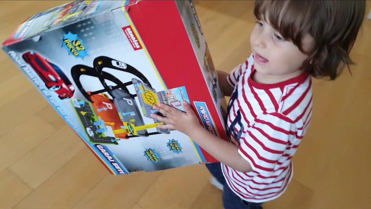 Road Masters garaj seti 3farklı araç,fatih selim saklanmış sürpriz oyuncağı duydu hemen ortaya çıktı